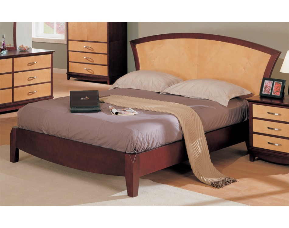 Bedroom Set Maple / Dark Cherry Finish